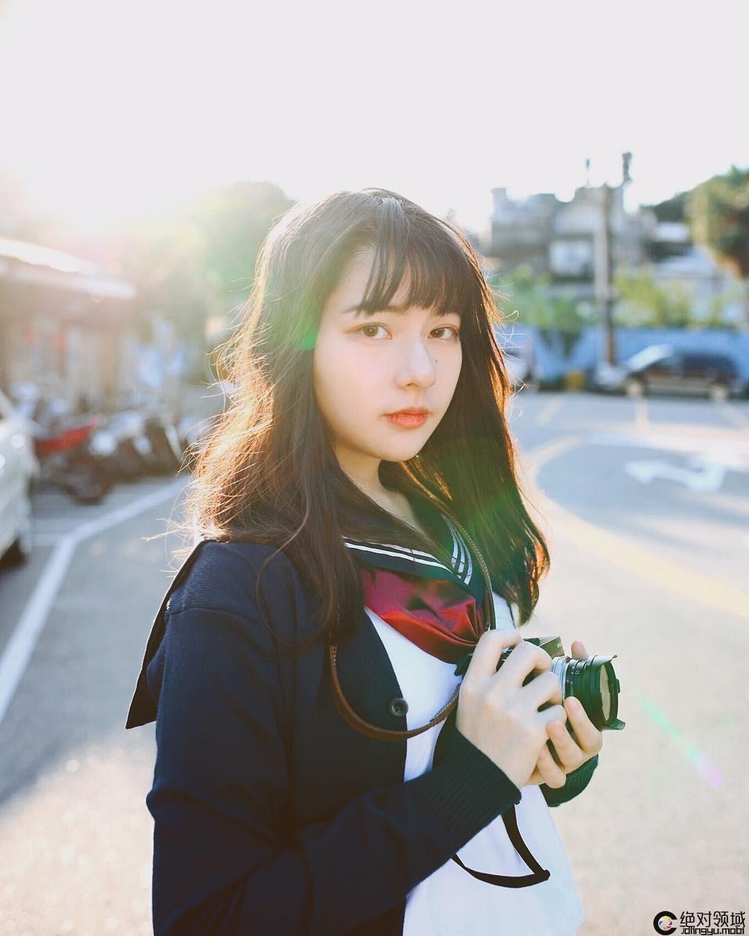 我爱台妹,李荣浩《大太阳》MV女主角!超甜萌感日系小清新「吴沂瑾 Leona」眼下桃花痣超勾魂