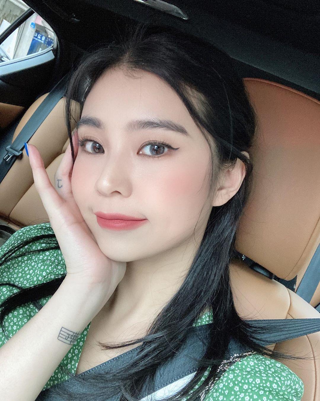 完全就是女友理想型!性感内衣模特「Mizuki」灿烂笑容亲和力十足 曼妙身材玲珑浮凸