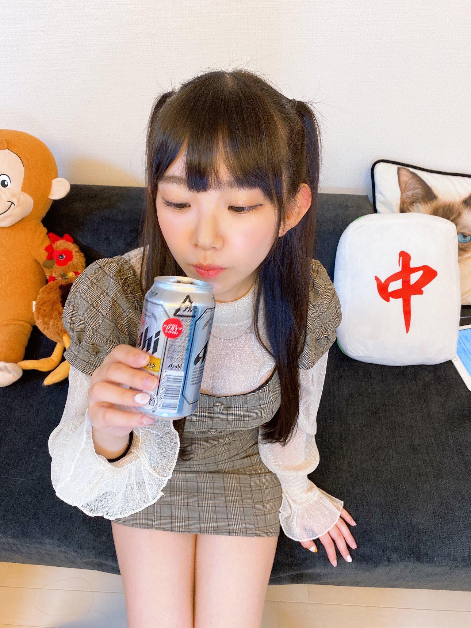 合法巨乳小学生《长泽茉里奈》防疫期间在家里也是性感全开