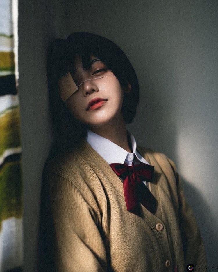 清纯短发妹「ソニョン」甜美气质让人无法抗拒 超梦幻「迷濛笑容」仿佛从二次元走出