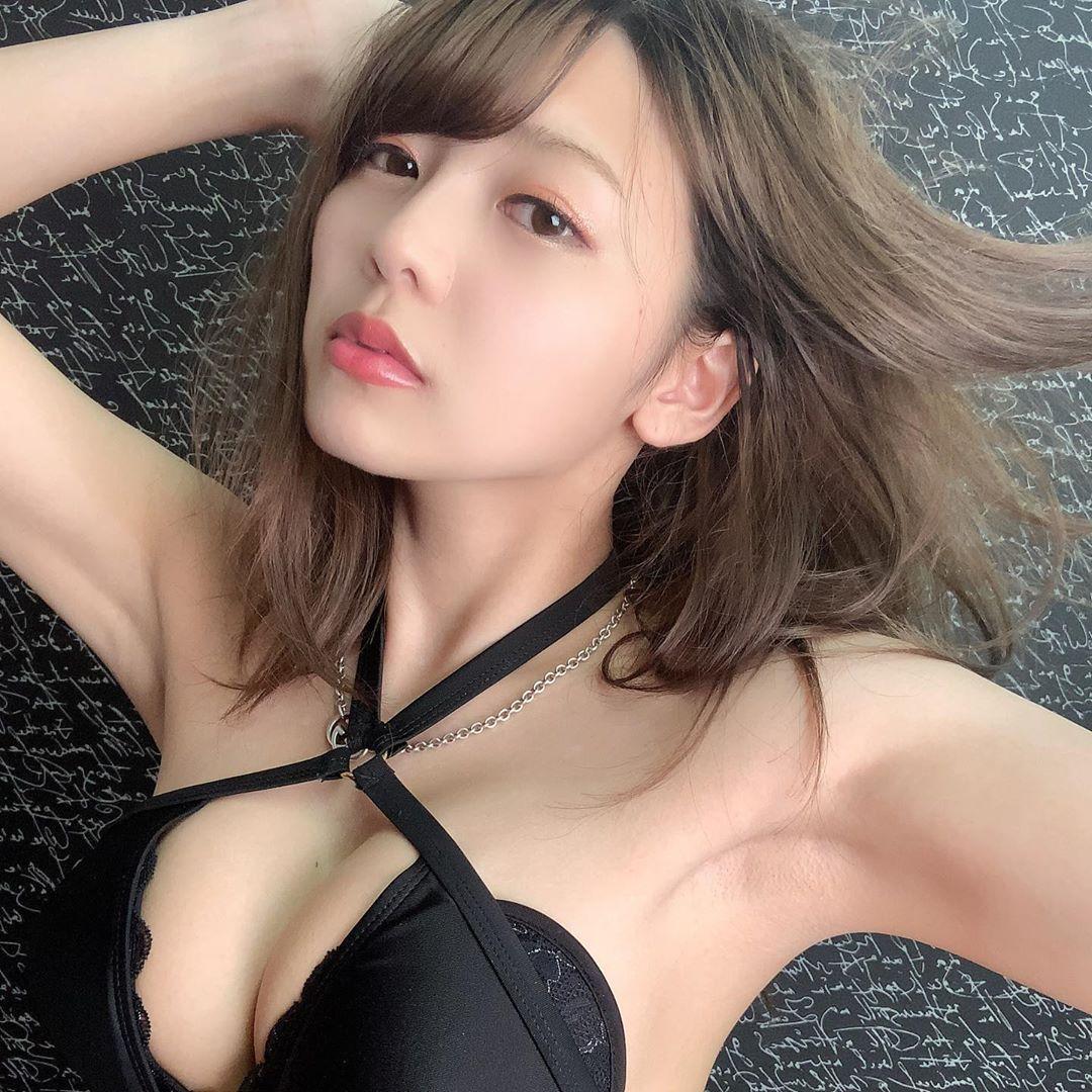重乳量天使美少女「织田唯爱」奇迹笑颜阳光灿烂 G级超胸差点把内衣撑爆