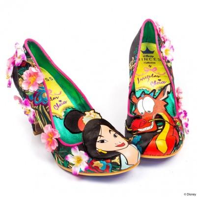 吓死人!迪士尼《花木兰联名鞋》夸张的审美根本来自阴间!